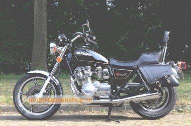 Suzuki GS met motortassenset, zwart, 2x22L, E4900