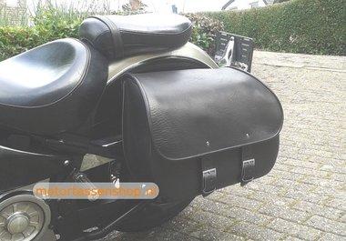 Suzuki Intruder M1800 met motortas, zwart, 1x40L, J5901