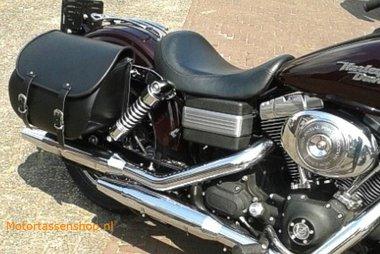 Harley Davidson Dyna met motortas, zwart, G5501s