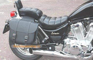 Suzuki Intruder met motortas, zwart, 2x17 L, D1000s